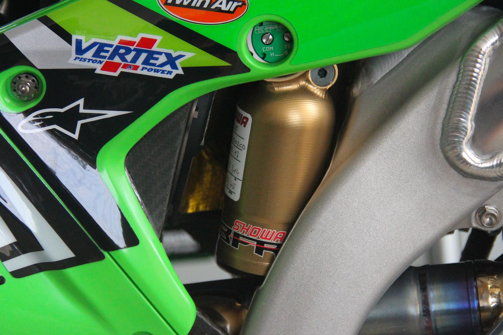 Clemente Desalle Shock - ayearinmx - Motocross Pictures - Vital MX