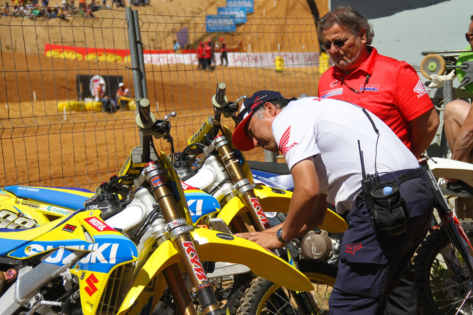 Honda team examining Suzuki - ayearinmx - Motocross Pictures - Vital MX
