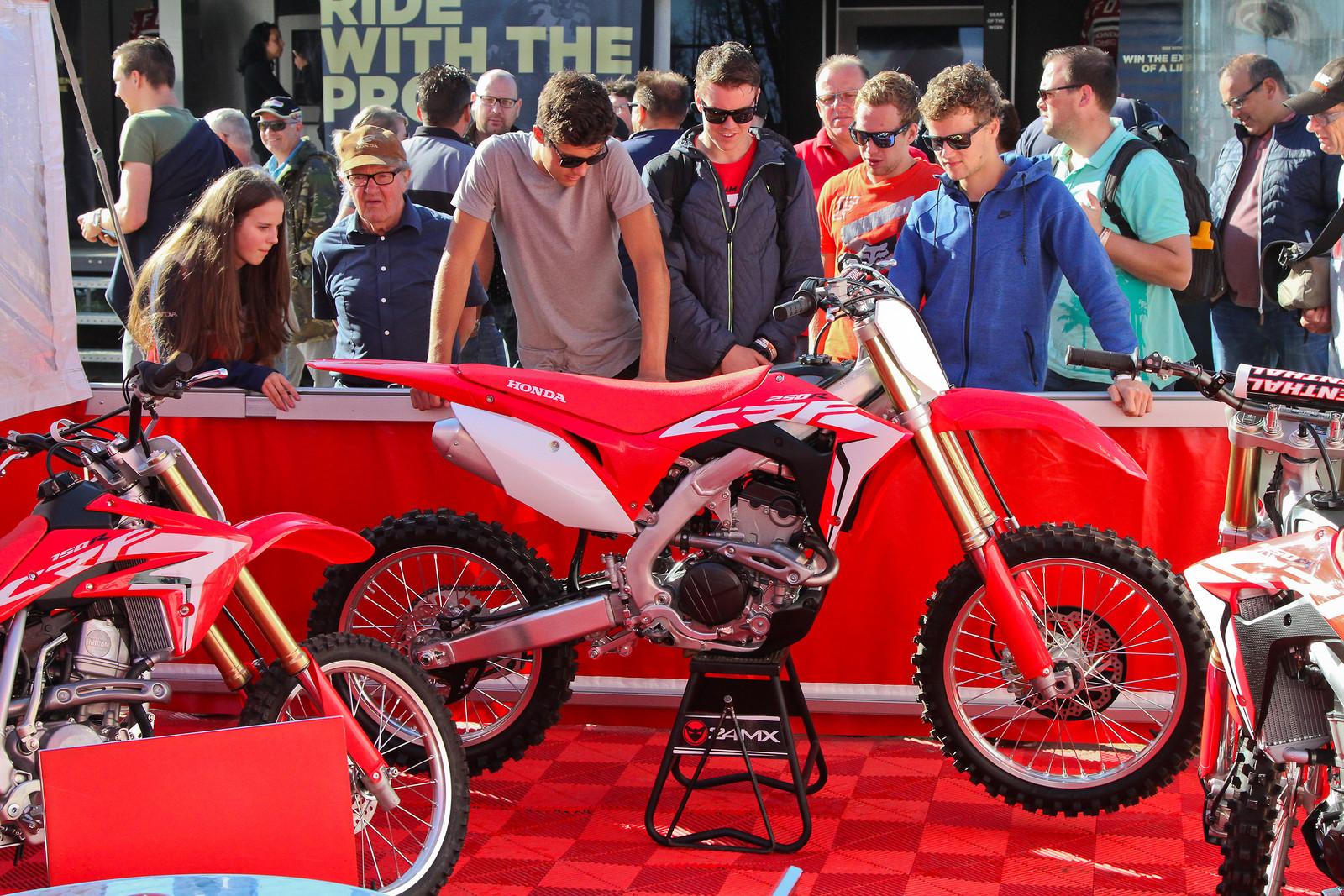 2018 Honda CR250F - ayearinmx - Motocross Pictures - Vital MX