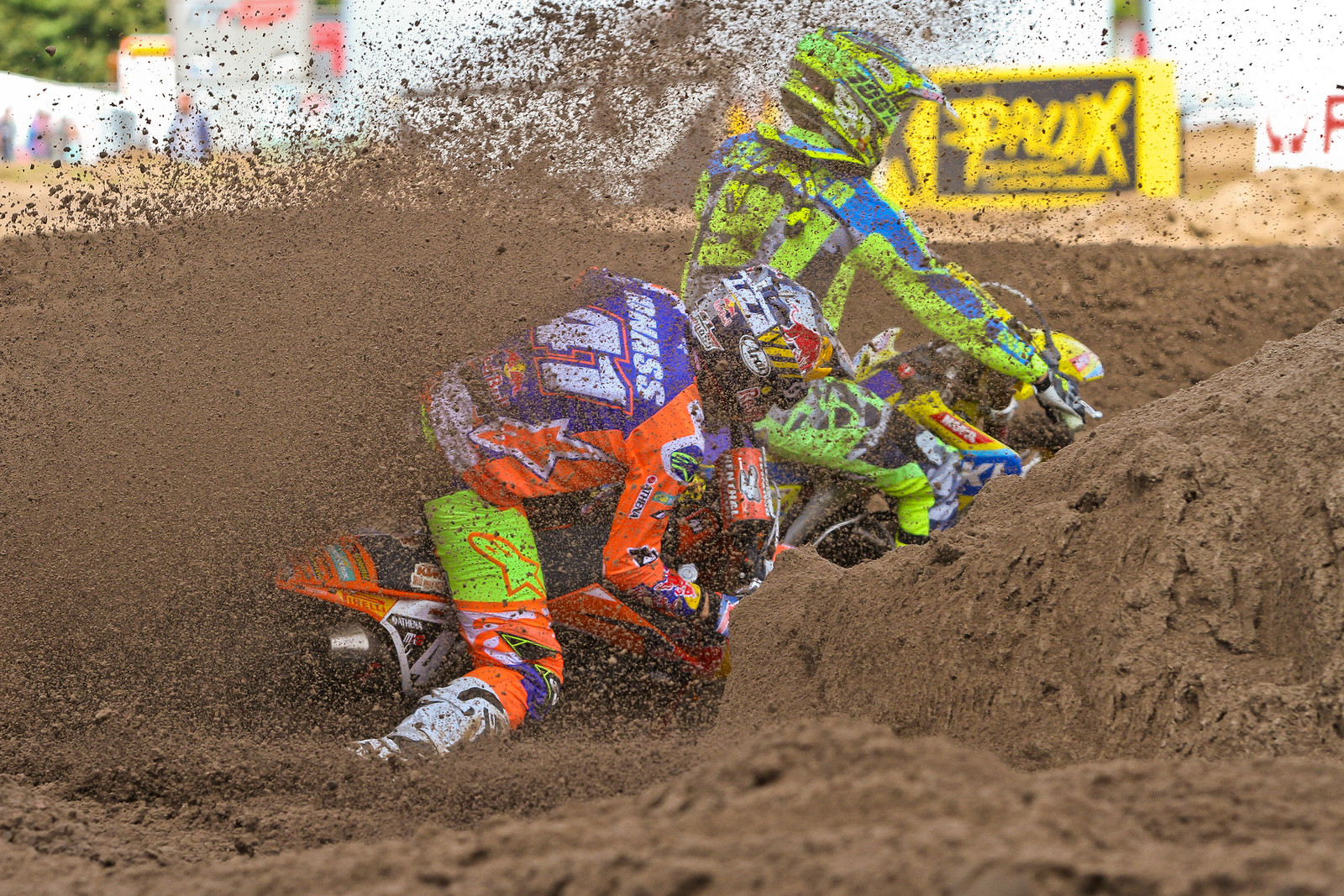 Pauls Jonass / Jeremy Seewer - ayearinmx - Motocross Pictures - Vital MX