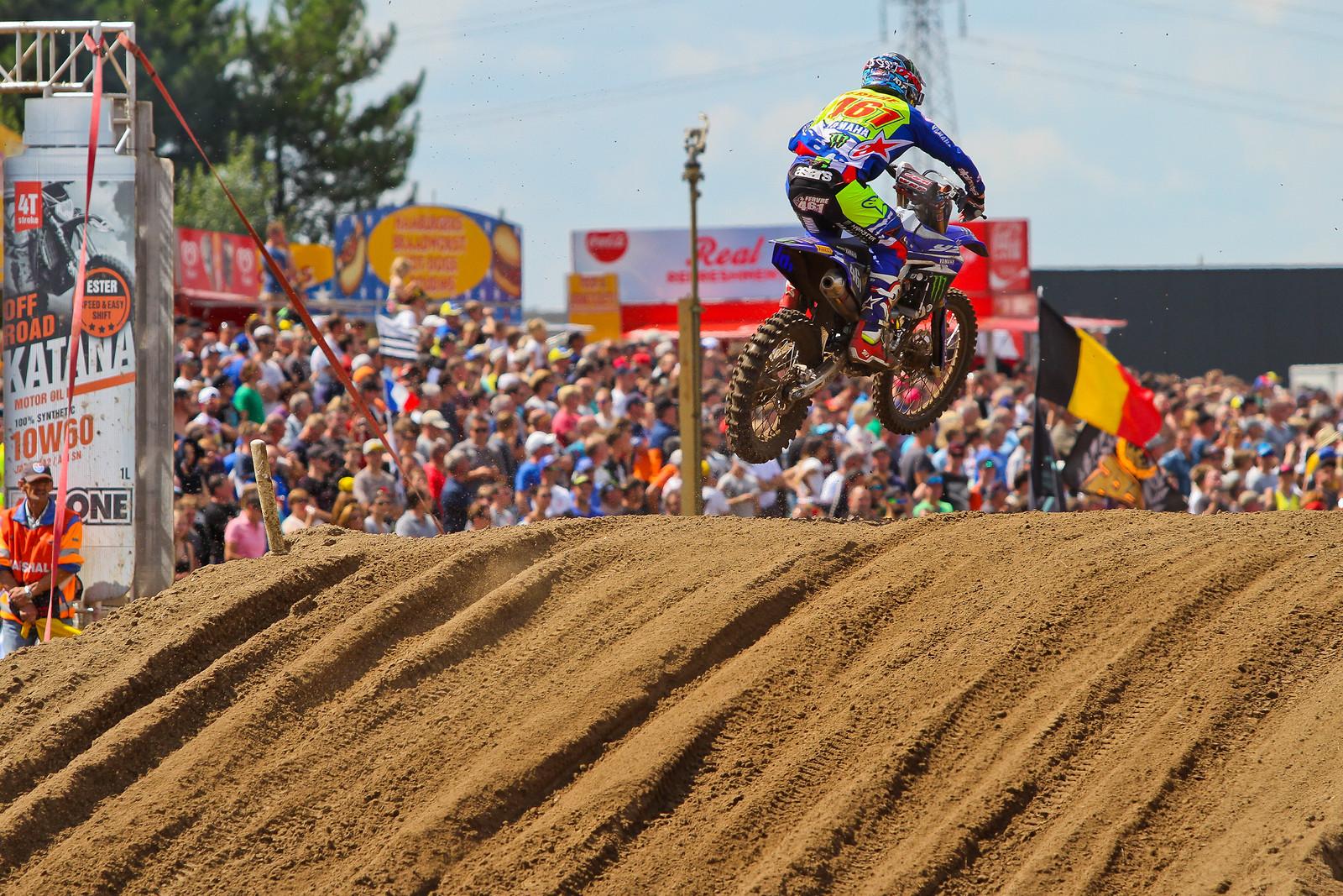 Romain Febvre - ayearinmx - Motocross Pictures - Vital MX