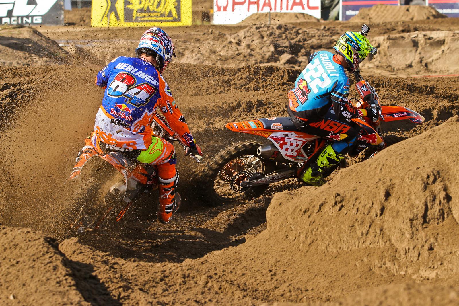 Jeffrey Herlings / Antonio Cairoli Battle - ayearinmx - Motocross Pictures - Vital MX