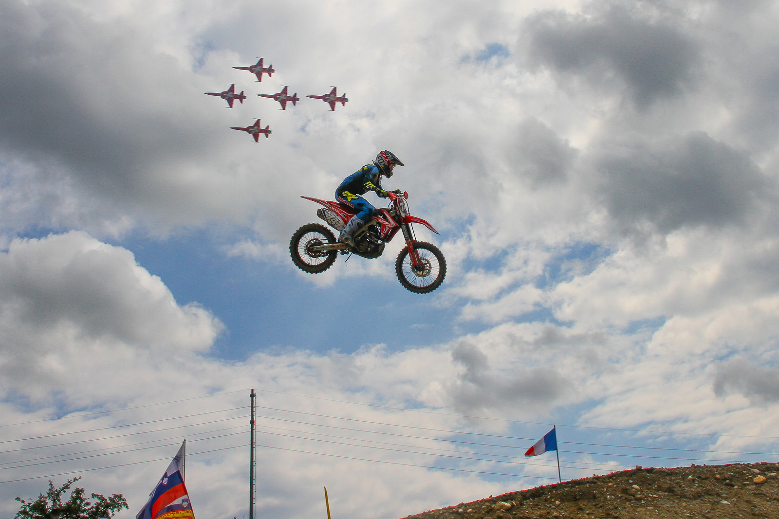 Airplanes - ayearinmx - Motocross Pictures - Vital MX