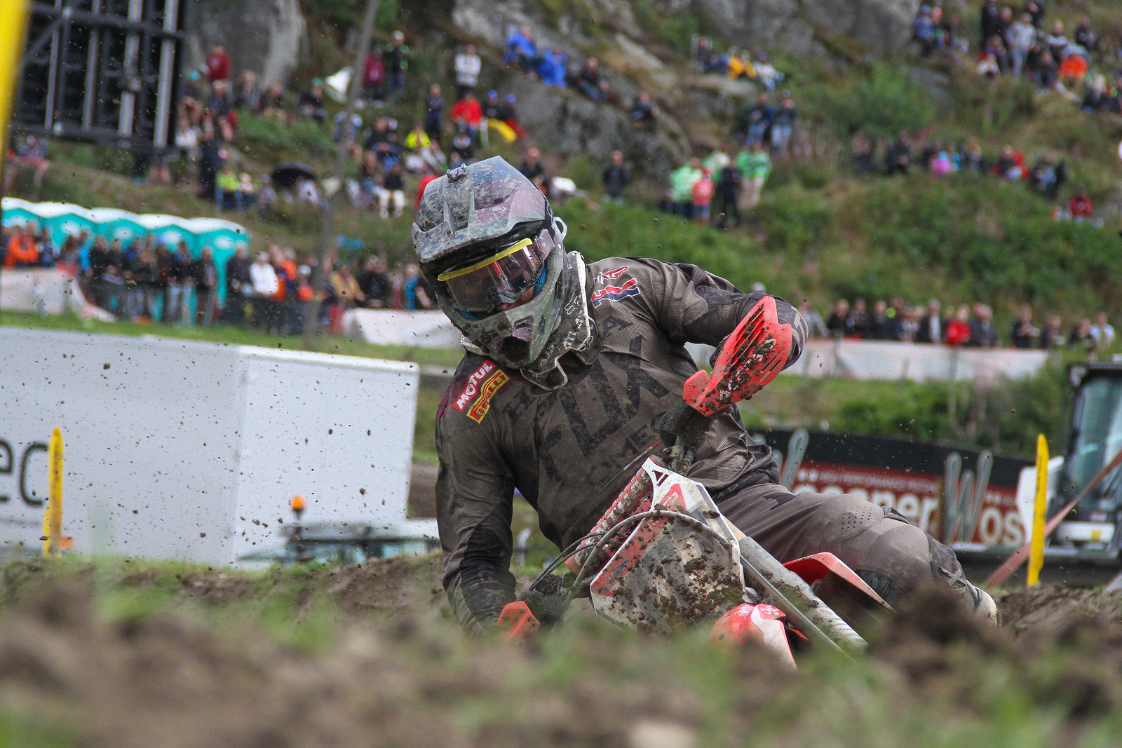 Evgeny Bobryshev - ayearinmx - Motocross Pictures - Vital MX