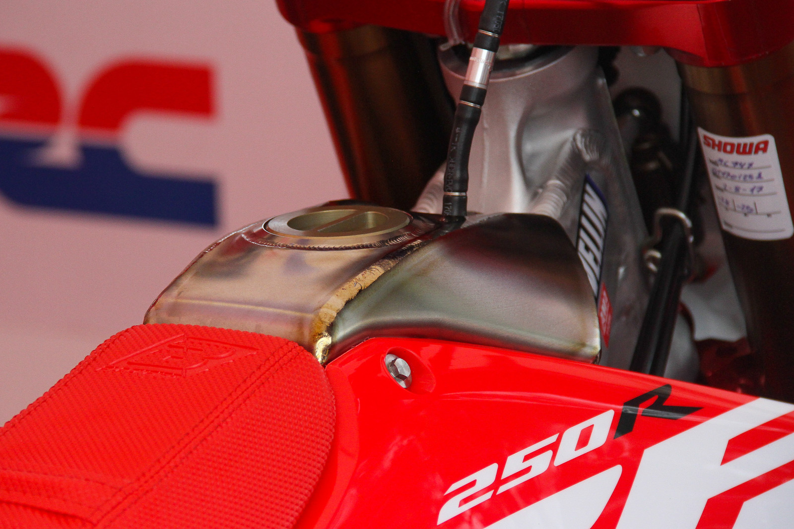 2018 Honda 250R Gas Tank - ayearinmx - Motocross Pictures - Vital MX