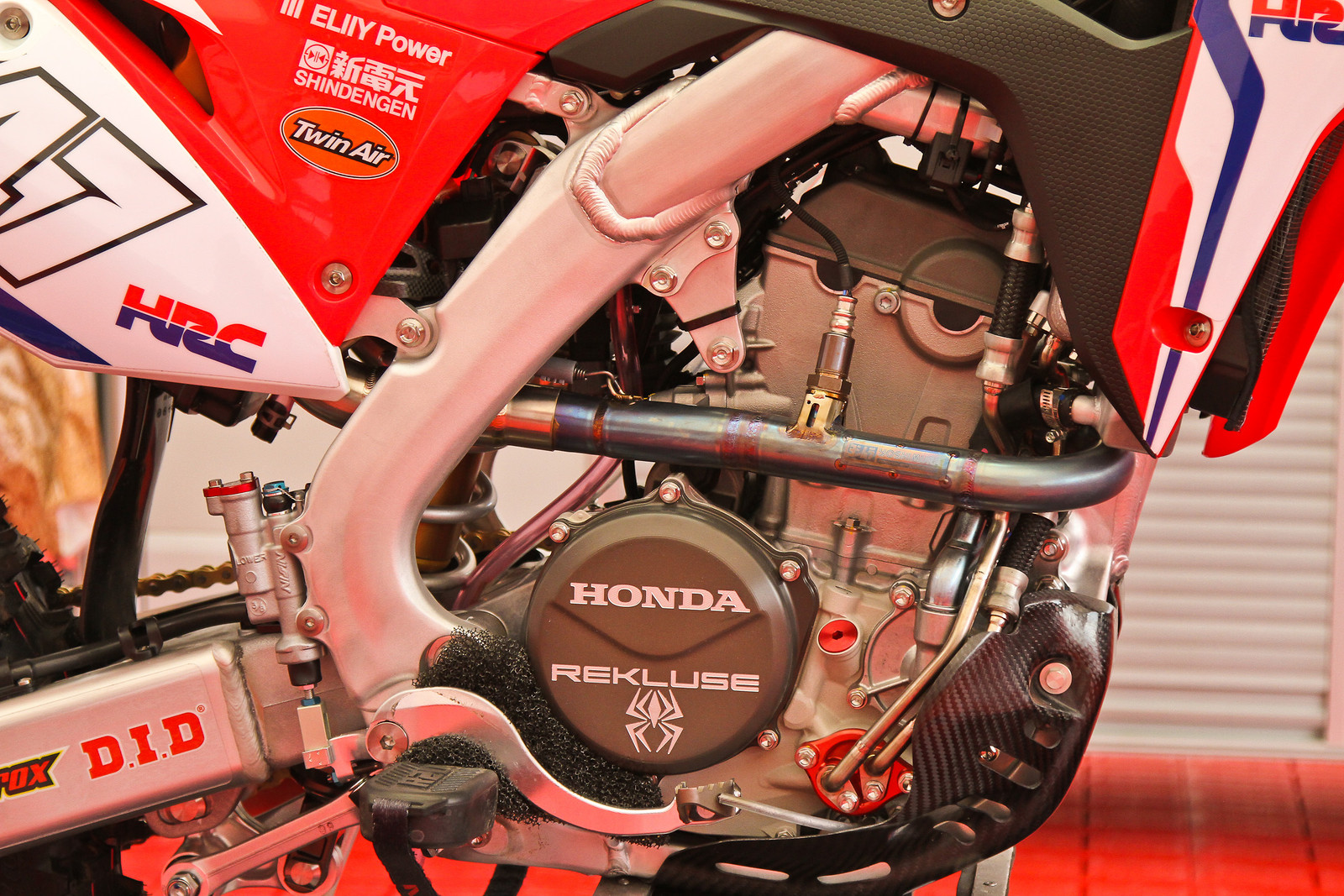 2018 Honda CR250RW's Twin-Cam Engine - ayearinmx - Motocross Pictures - Vital MX