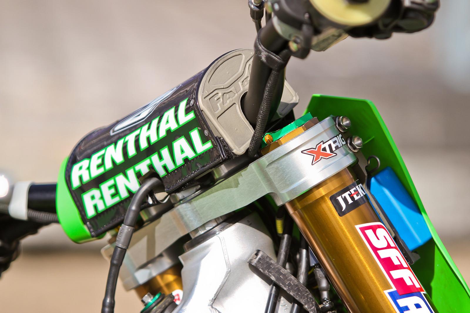 Clement Desalle's Kawasaki 450 - ayearinmx - Motocross Pictures - Vital MX