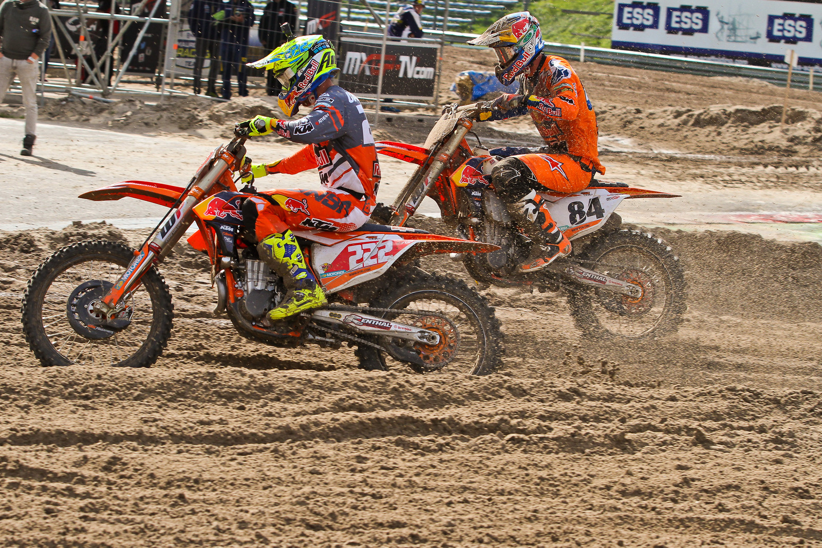 Antonio Cairoli vs Jeffrey Herlings - ayearinmx - Motocross Pictures - Vital MX