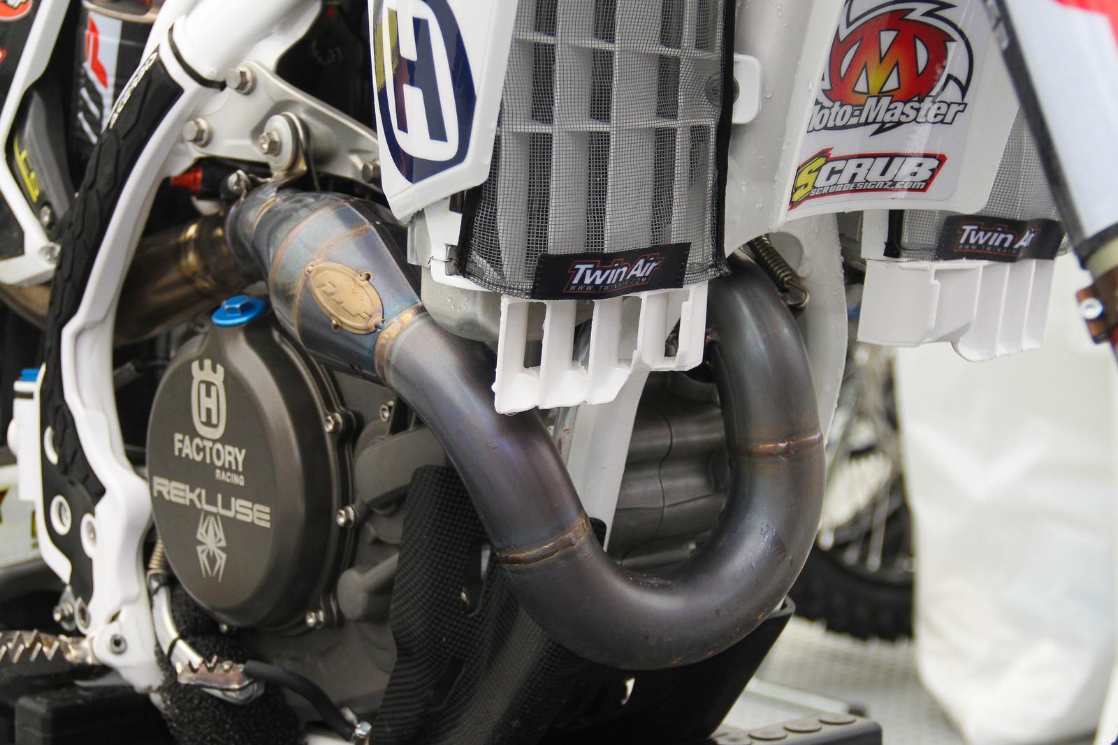 Gautier Paulin's Header - ayearinmx - Motocross Pictures - Vital MX