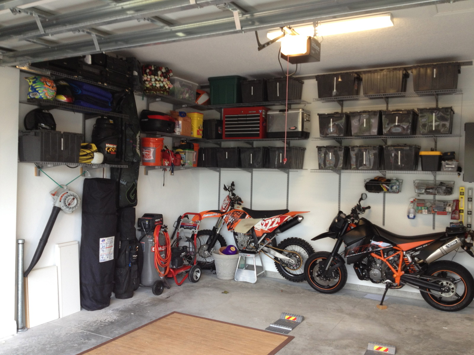 what is your garage set up moto related motocross forums message boards vital mx. Black Bedroom Furniture Sets. Home Design Ideas