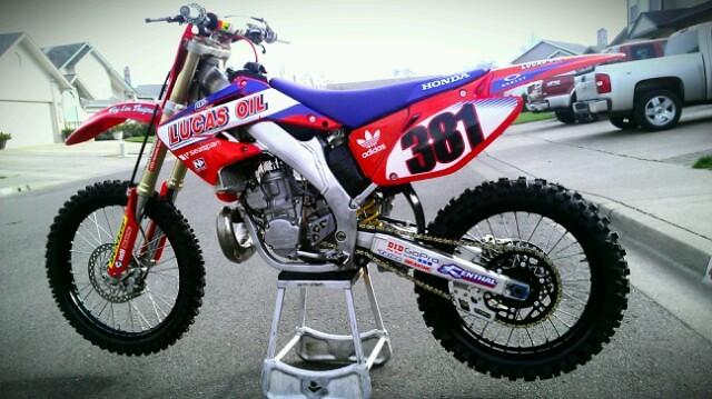 Honda Of Troy Cr125 >> 2004 CR250R - JW381's Bike Check - Vital MX