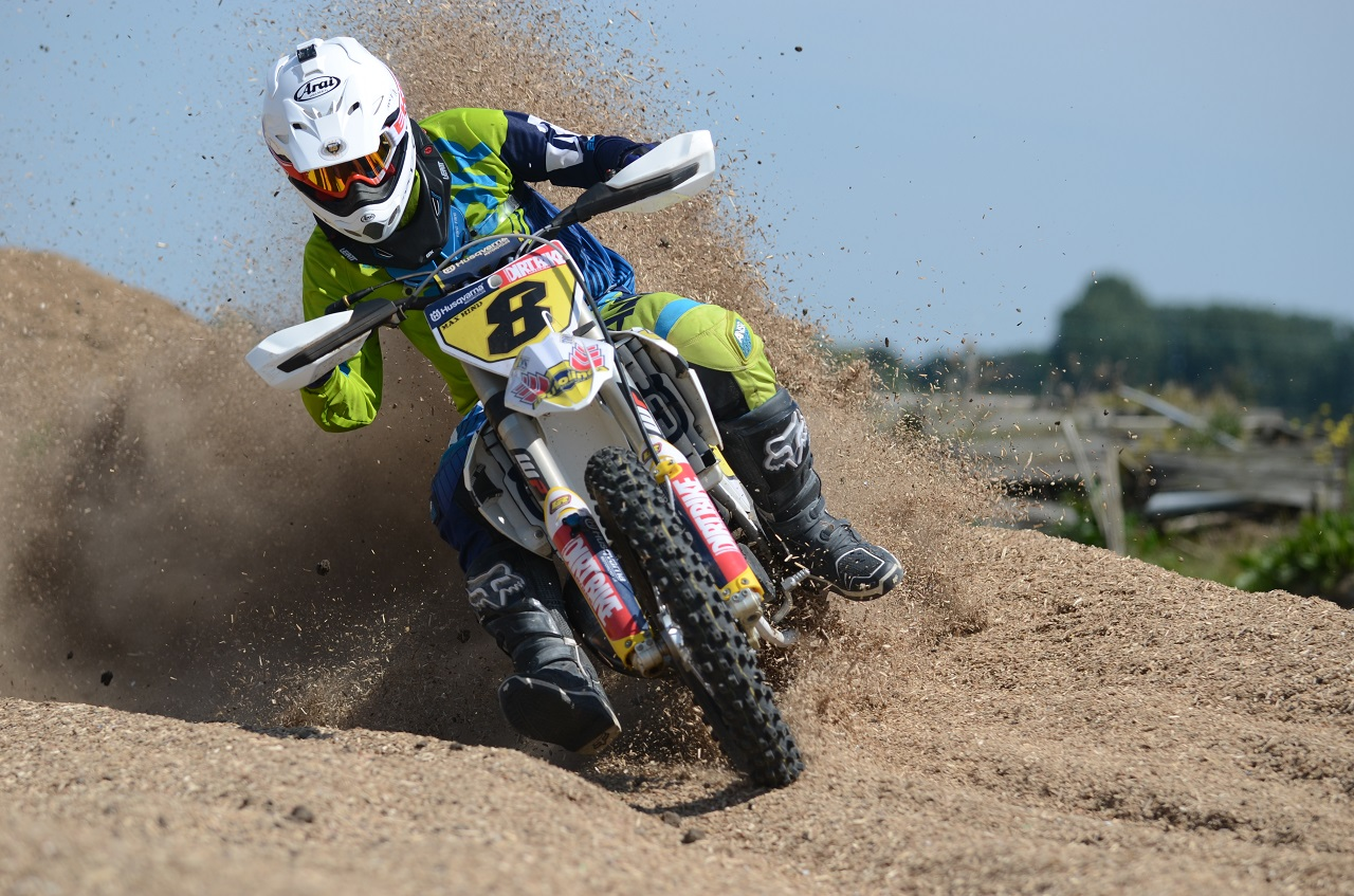 Two Stroke Motocross - 125cc RAW