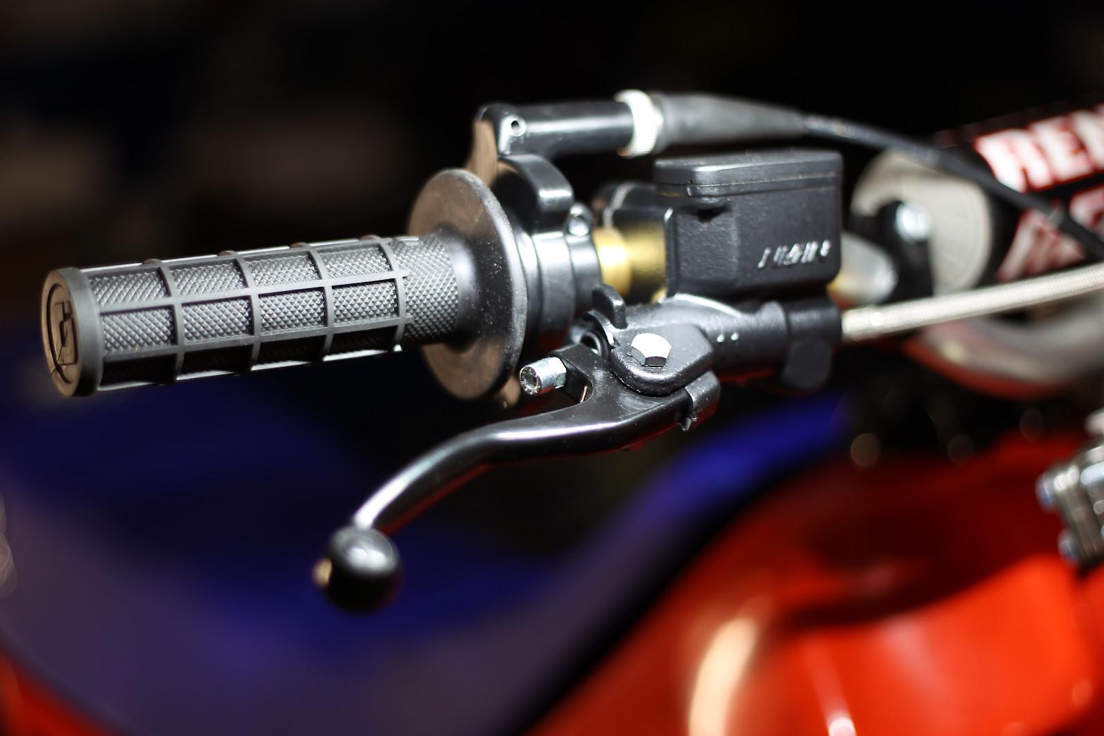 CN9Z5477 - Diego Kawi Rider - Motocross Pictures - Vital MX