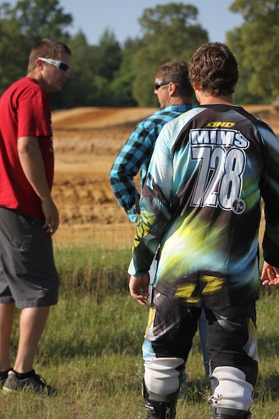 Hunter Mims with Alan Burton (mechanic) and Mike Mims (dad) - DanielleChaffin728 - Motocross Pictures - Vital MX