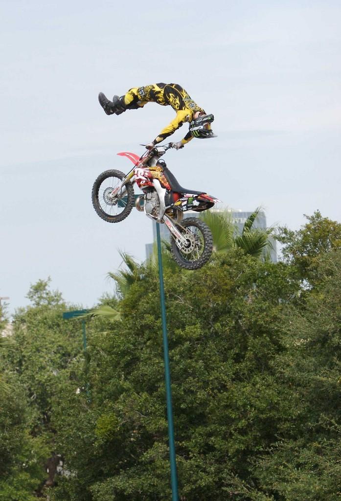Jones - DC SHOES MX - Motocross Pictures - Vital MX