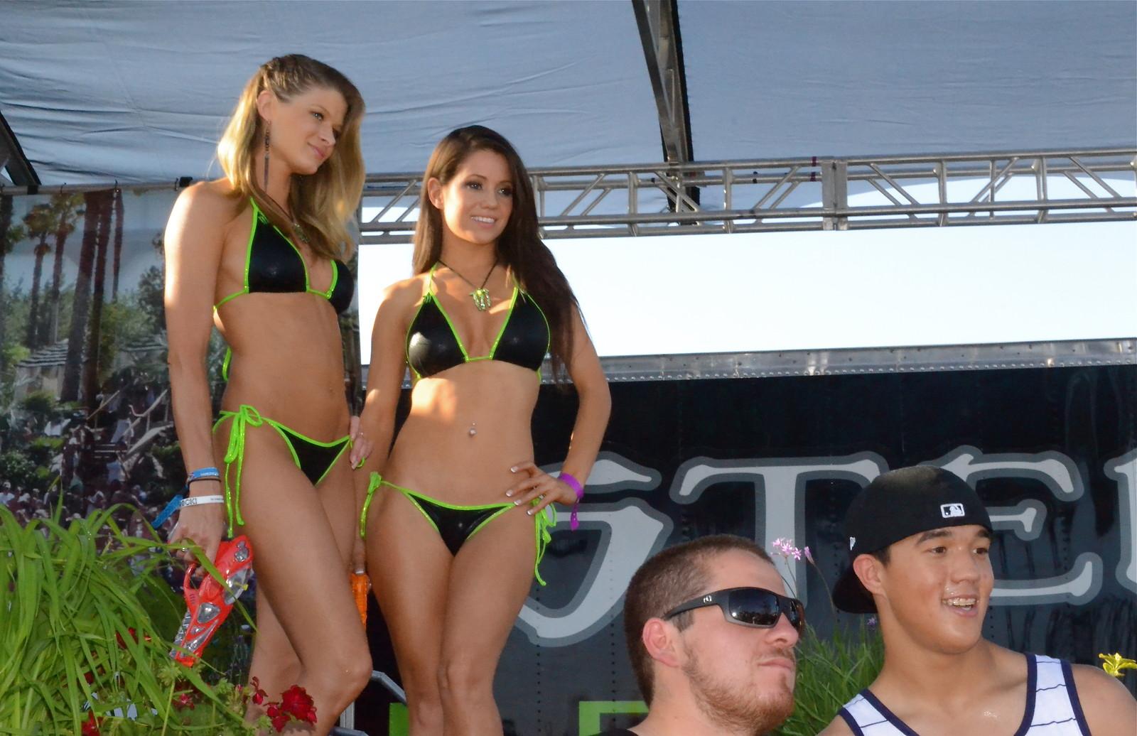 Monster Energy girls at Vegas SX finals 2012 - DennisCCox - Motocross Pictures - Vital MX