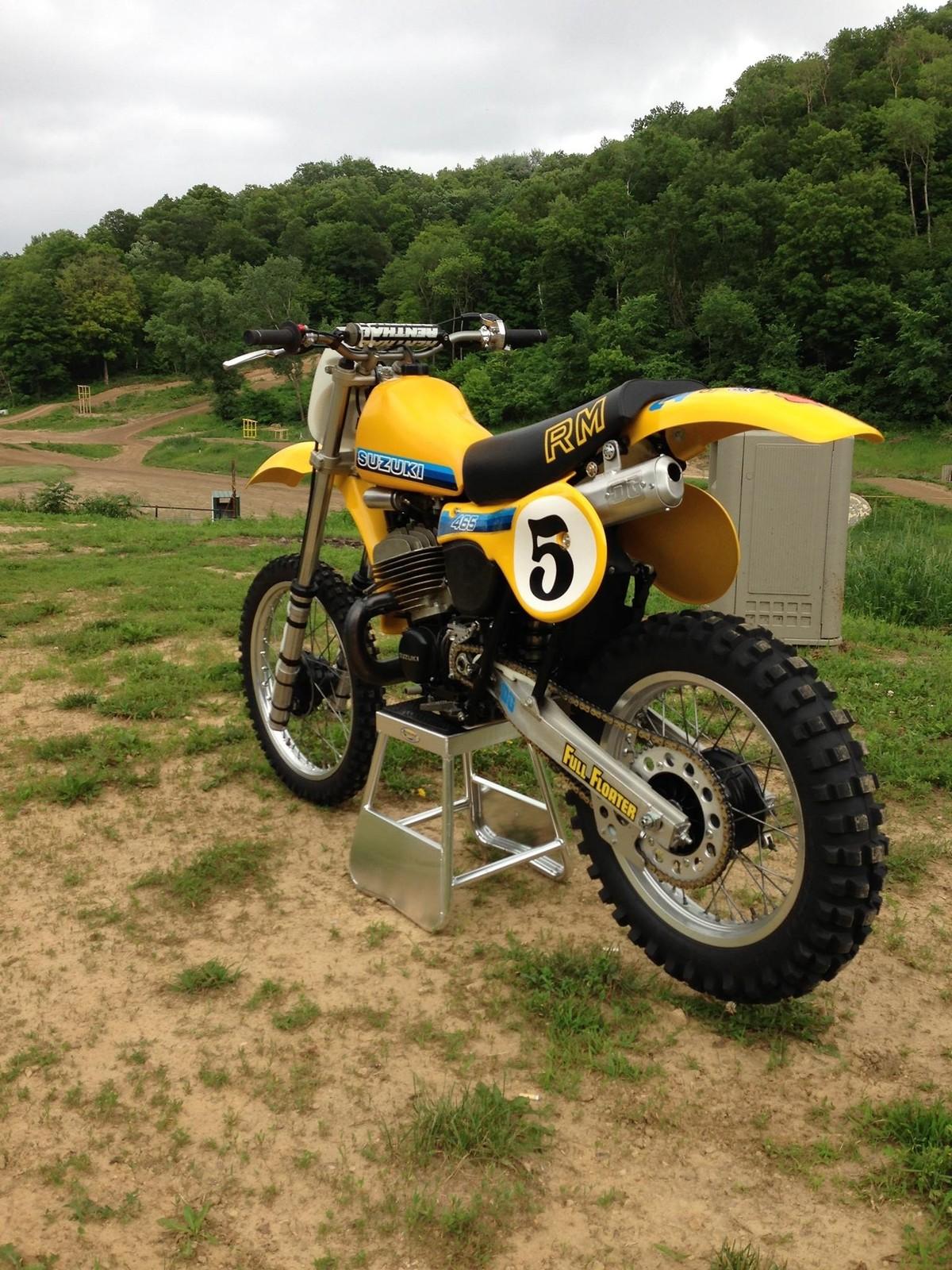 1981 Suzuki RM465 resto racer