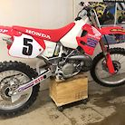 1992 Honda CR250R- original owner, less than 5 hrs time since new!