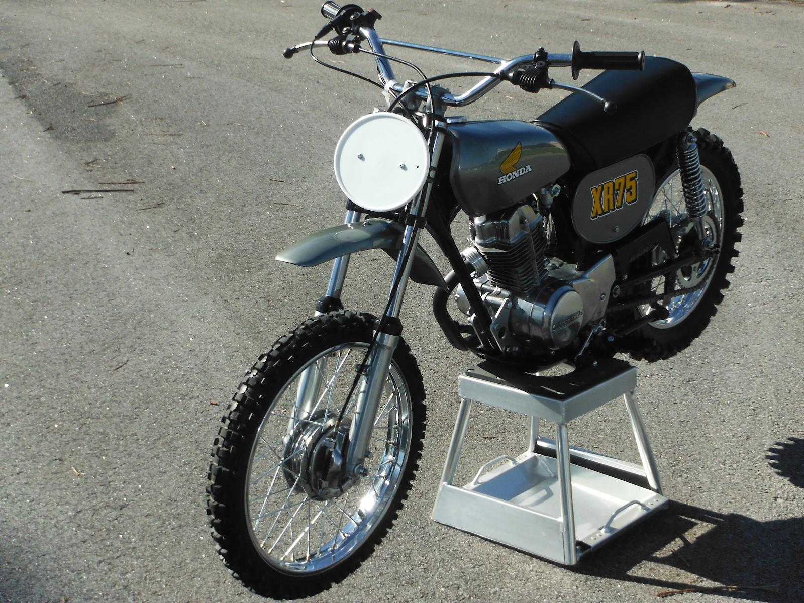 1974 XR75 K1