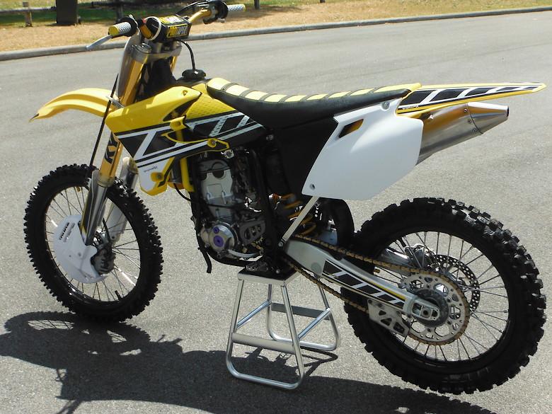 2005 Yamaha YZ250F Chad Reed Tribute bike - Dick Trickle's