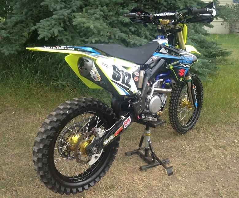 S780_floyellow2