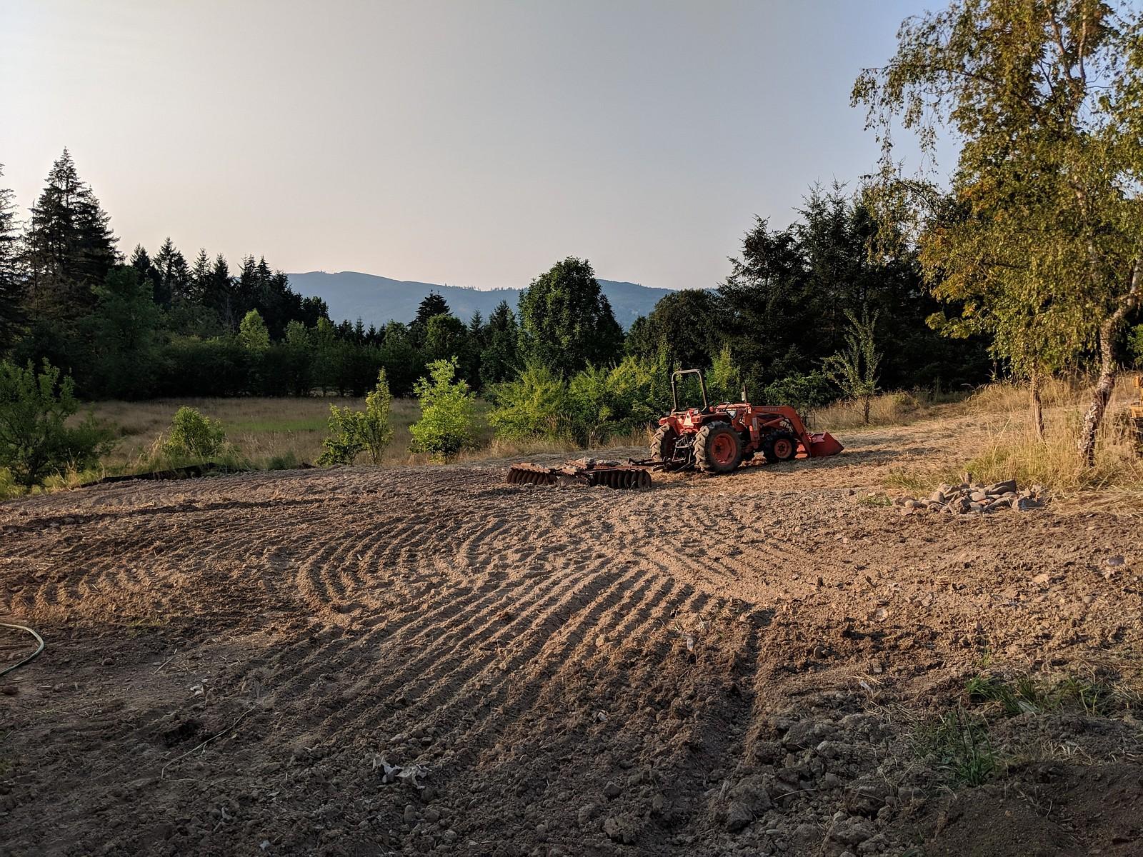 Tractor - mutti_wilson - Motocross Pictures - Vital MX