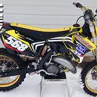 2004 RM 125