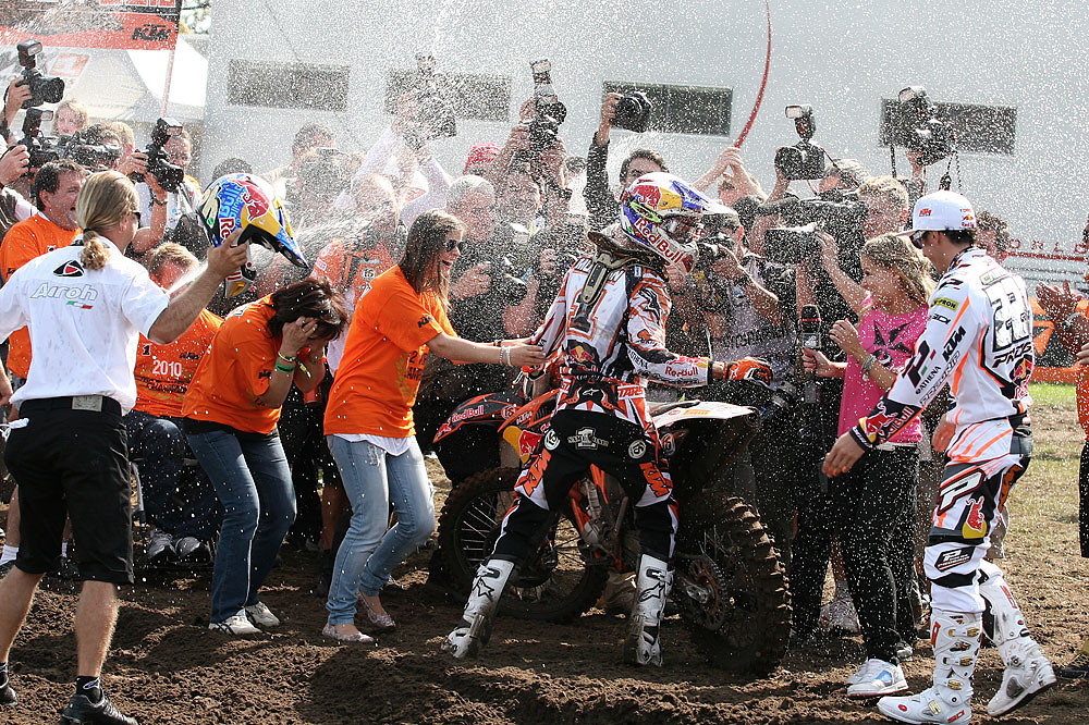 World Champion celebration - Jefro98 - Motocross Pictures - Vital MX