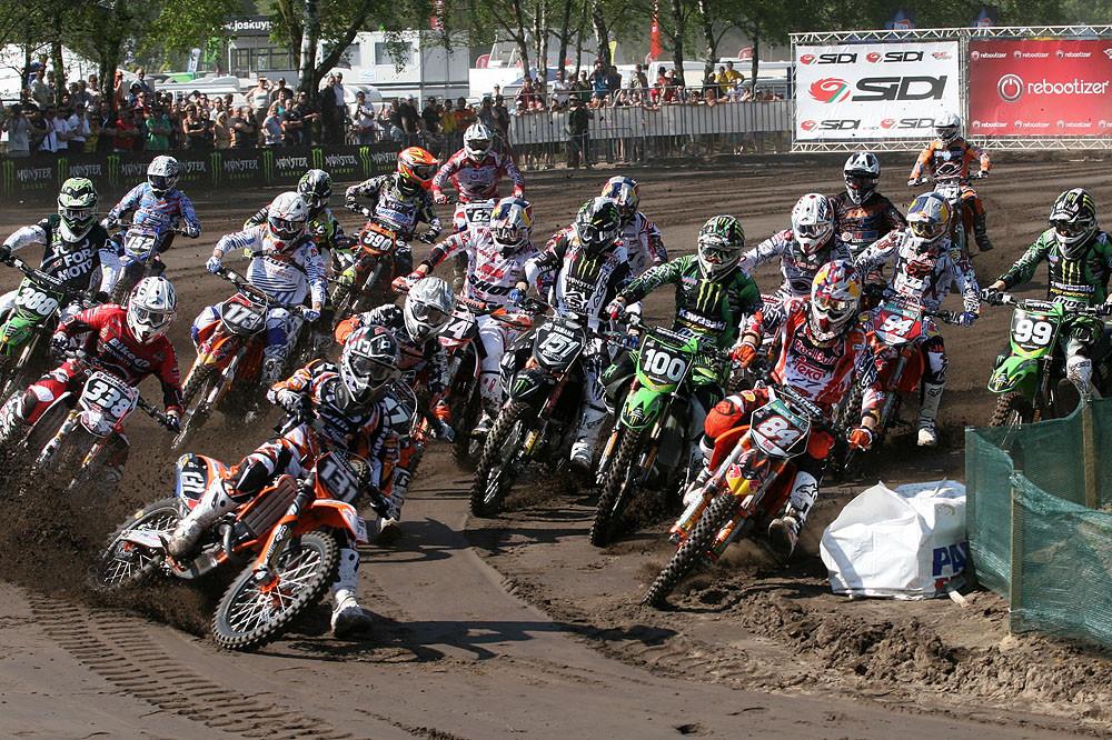 Start MX2 Moto1 - Dutch GP racing photos - Motocross Pictures - Vital MX