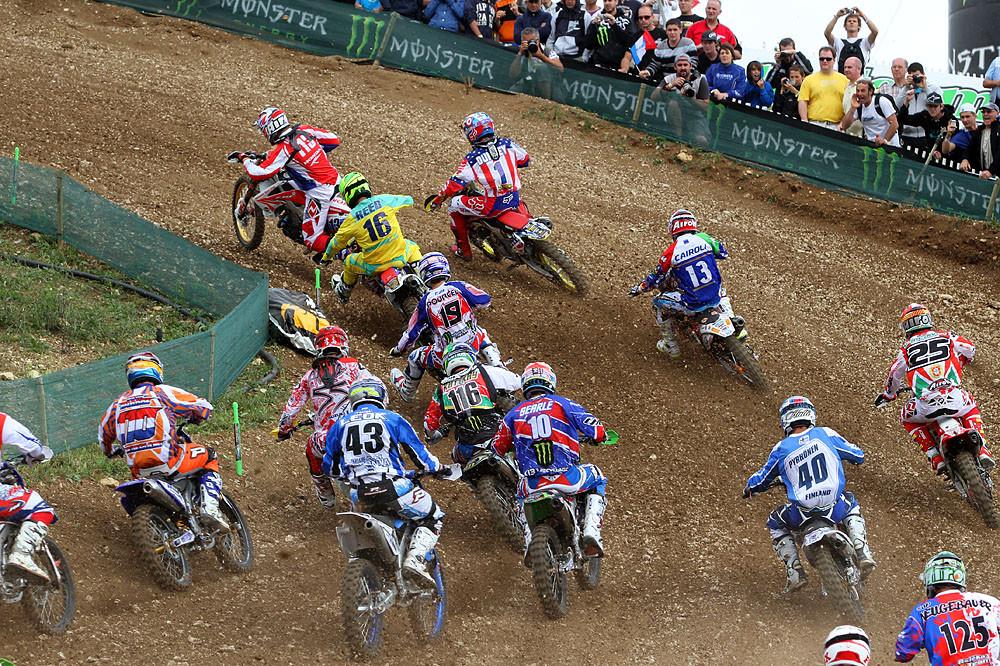 MX1 Start - MXoN Saturday Qualifing racing. - Motocross Pictures - Vital MX