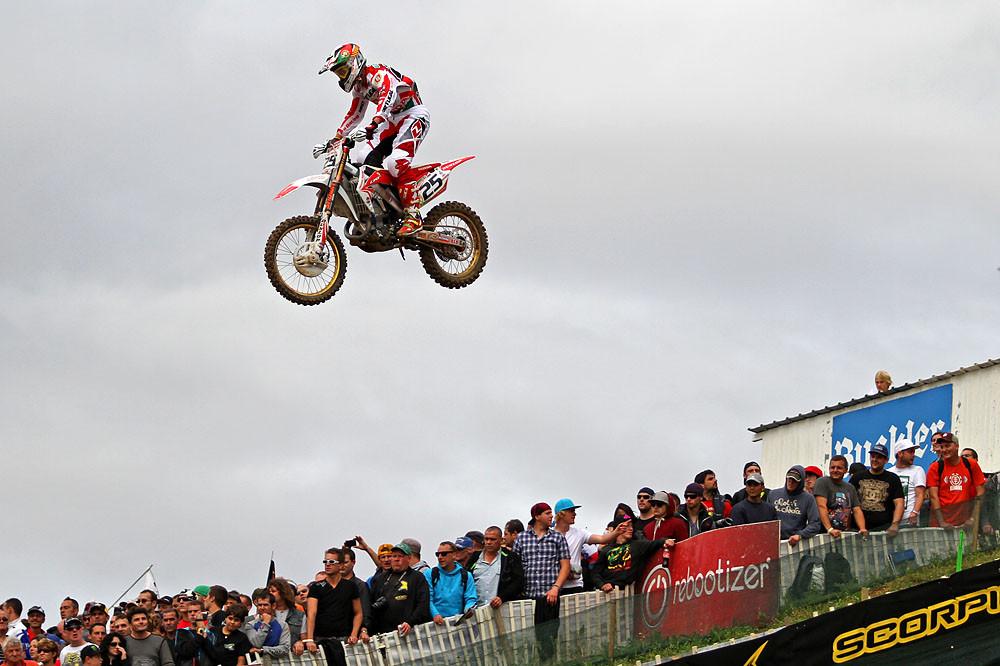 Rui Goncalves - MXoN Saturday Qualifing racing. - Motocross Pictures - Vital MX