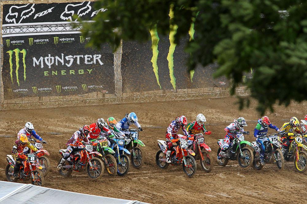 MX2 / Open Start - MXoN Sunday Racing Pictures - Motocross Pictures - Vital MX