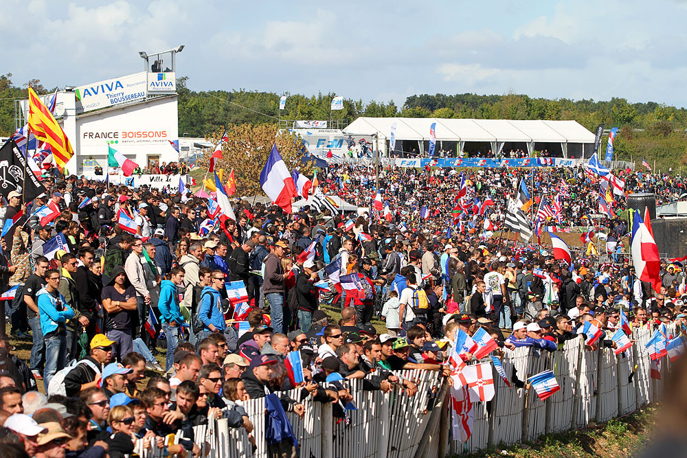 The Crowd. - MXoN Sunday Racing Pictures - Motocross Pictures - Vital MX