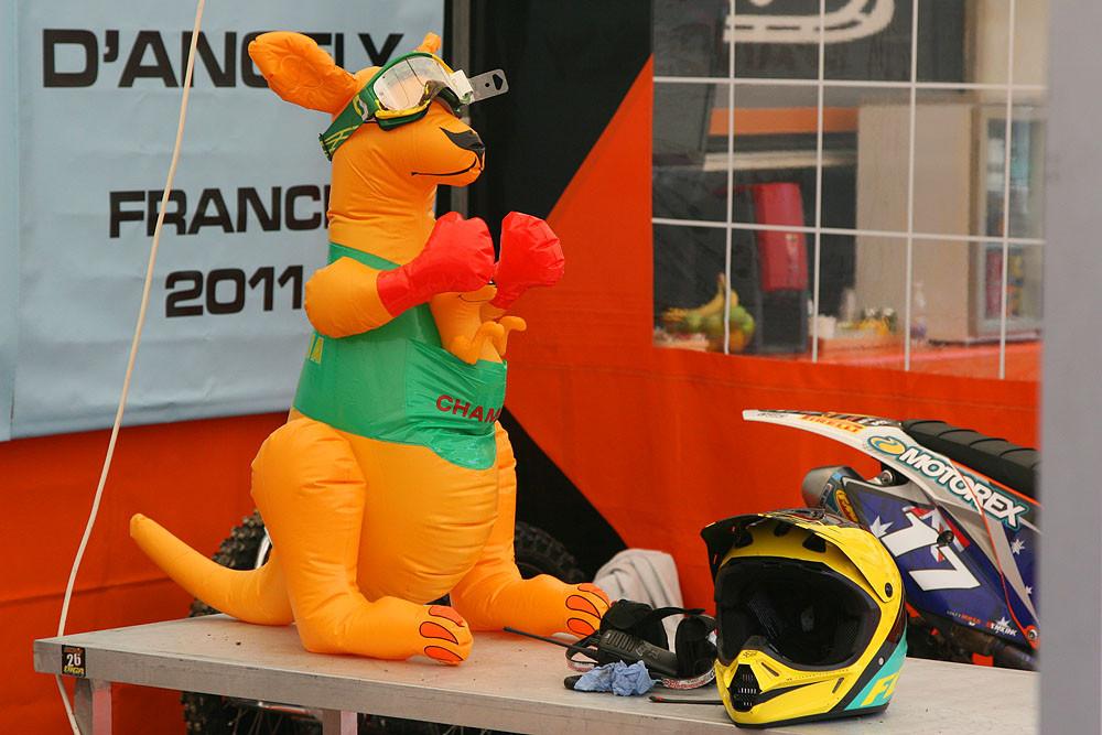 Aussie mascot - MXoN Sunday Racing Pictures - Motocross Pictures - Vital MX