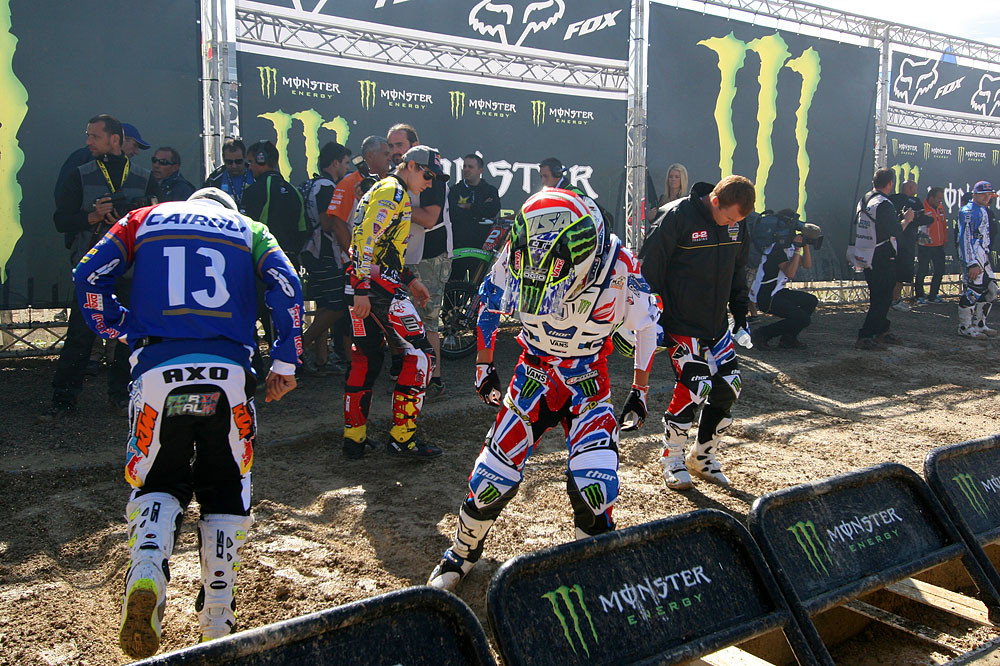 Gate prep. - MXoN Sunday Racing Pictures - Motocross Pictures - Vital MX