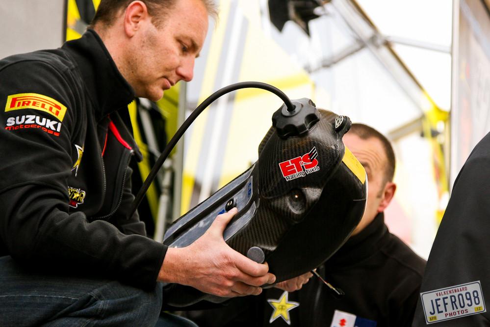Carbon Fibre all over - Dutch GP, Valkenswaard - Motocross Pictures - Vital MX