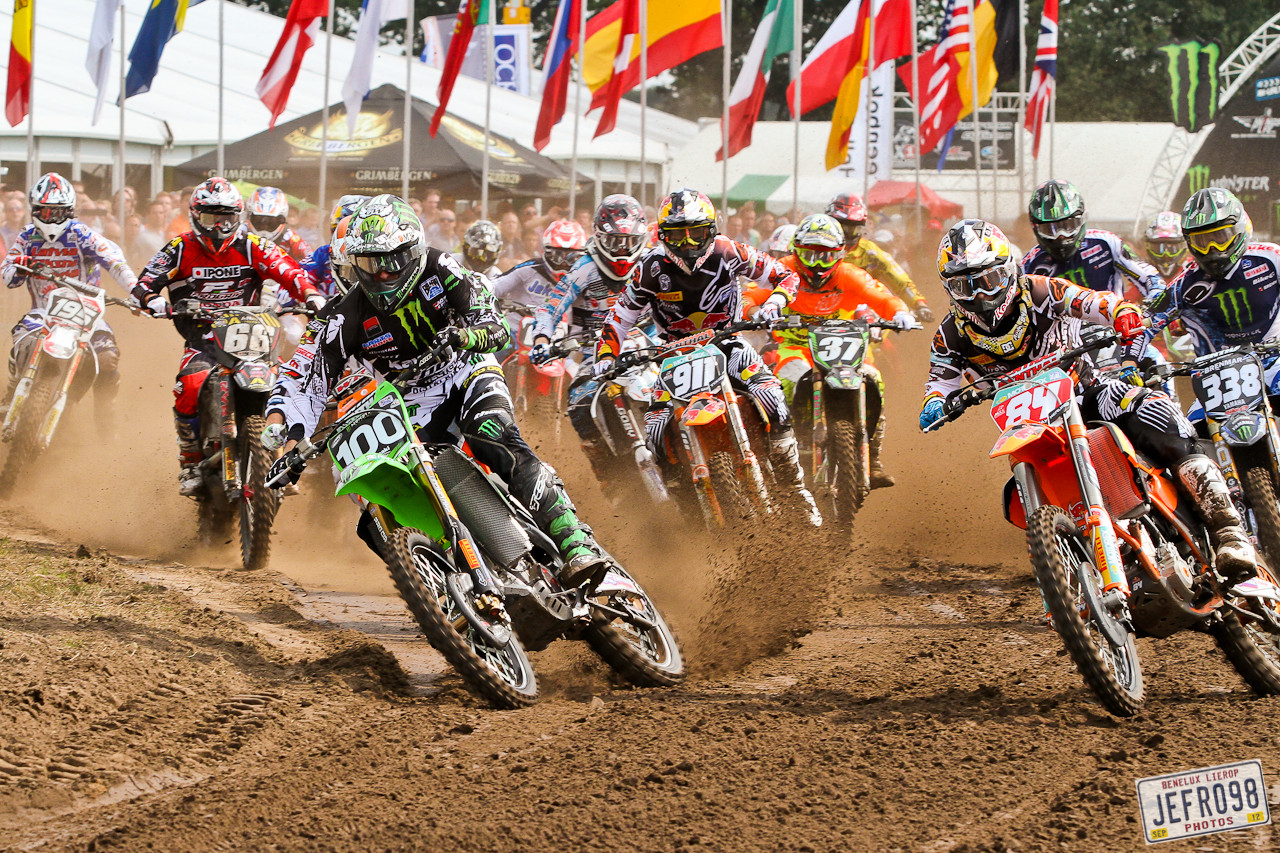 MX2 Moto 2 start - Benelux /Lierop GP Sunday Racing - Motocross Pictures - Vital MX