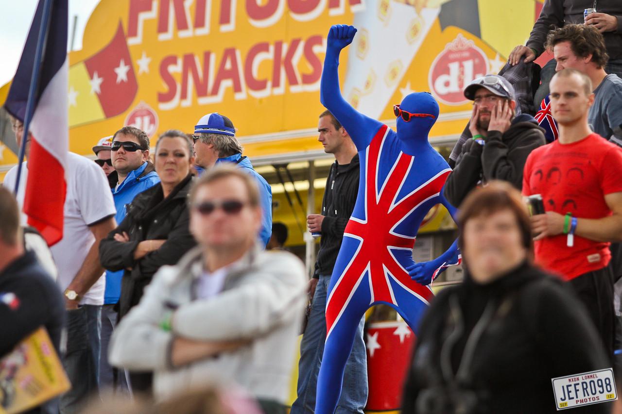 British fan - MXoN Saturday Qualifing Races - Motocross Pictures - Vital MX
