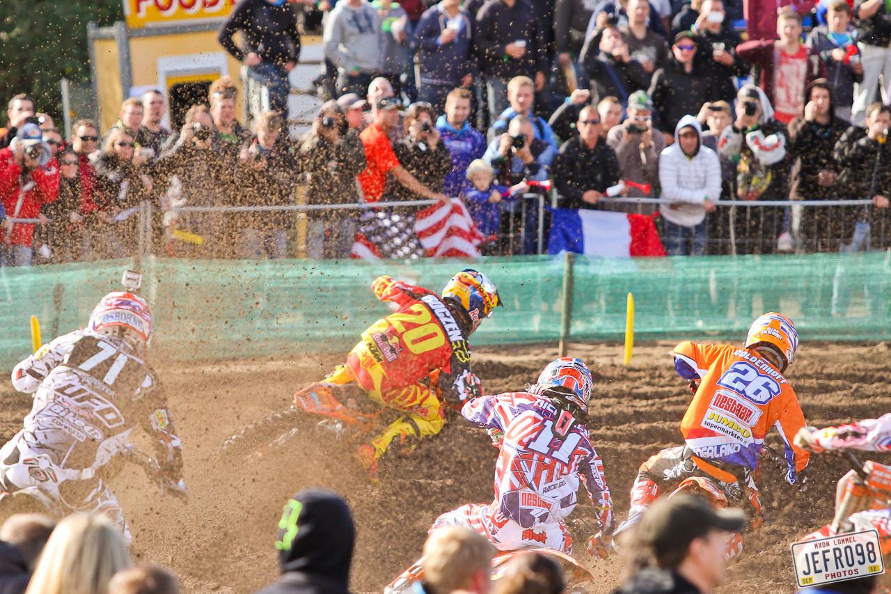 MX2 start - MXoN Saturday Qualifing Races - Motocross Pictures - Vital MX