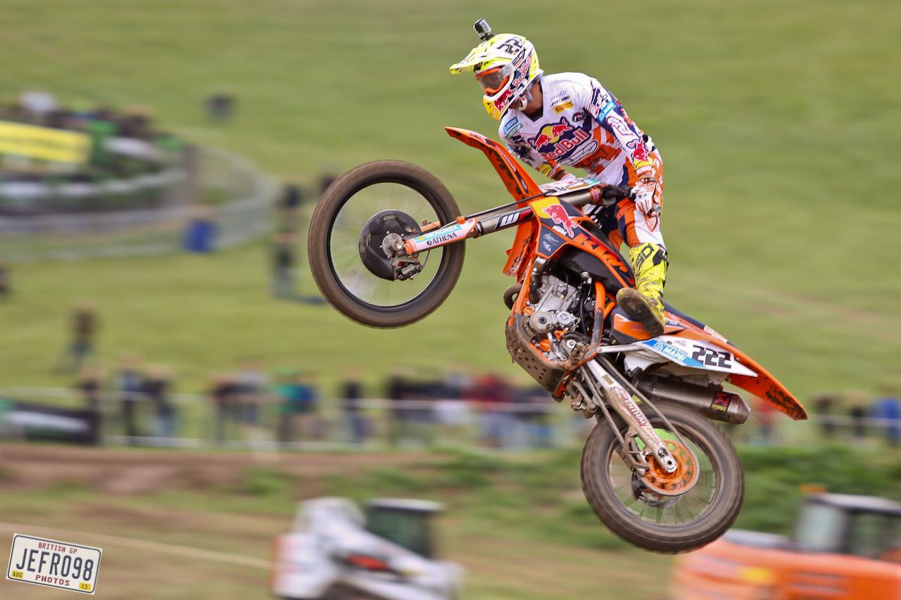 Toni Cairoli - Photo Blast: British GP - Motocross Pictures - Vital MX