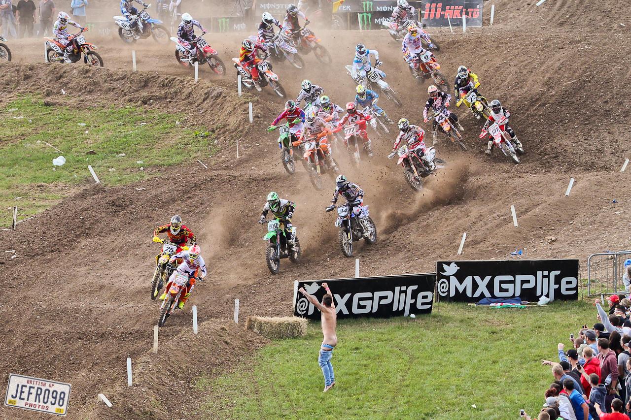 MX1 Start - Photo Blast: British GP - Motocross Pictures - Vital MX