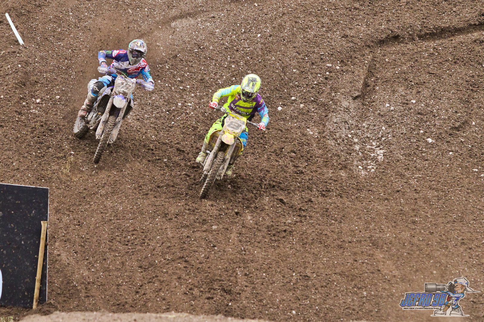 Febvre vs Townley - Photo Gallery: MXGP of Great Britain - Motocross Pictures - Vital MX