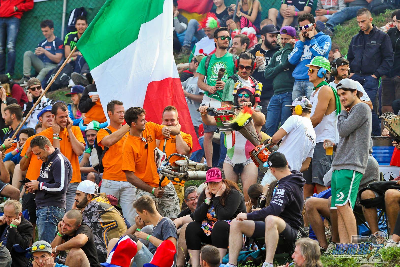 Chainsaw battles - PhotoGallery: MXoN Sunday - Motocross Pictures - Vital MX