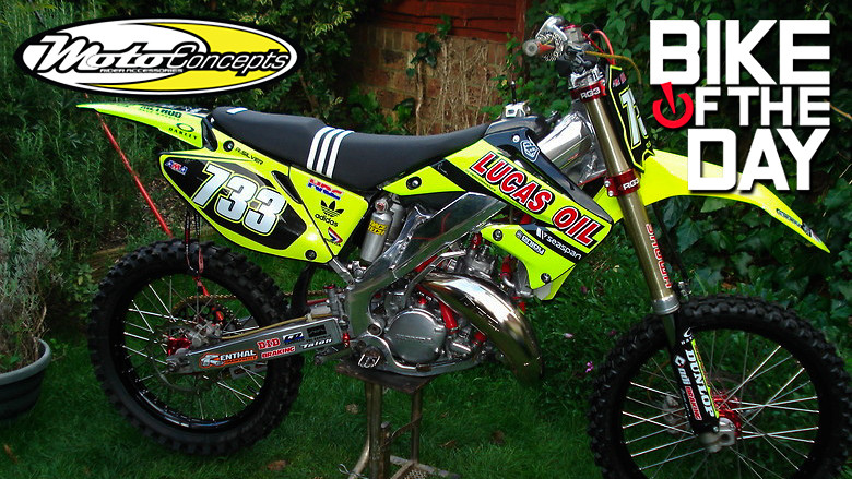 neon yellow cr125 build