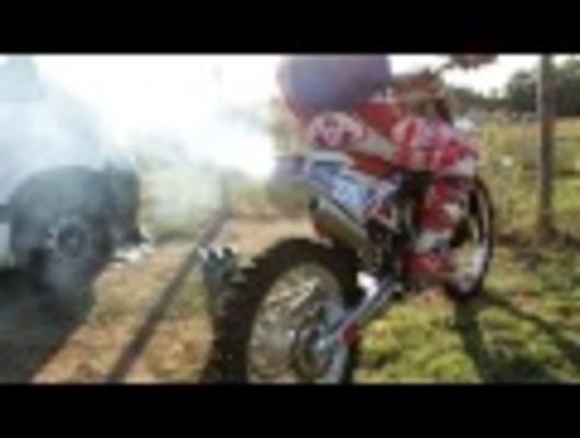 [Motocross] - Having fun with dirtbike