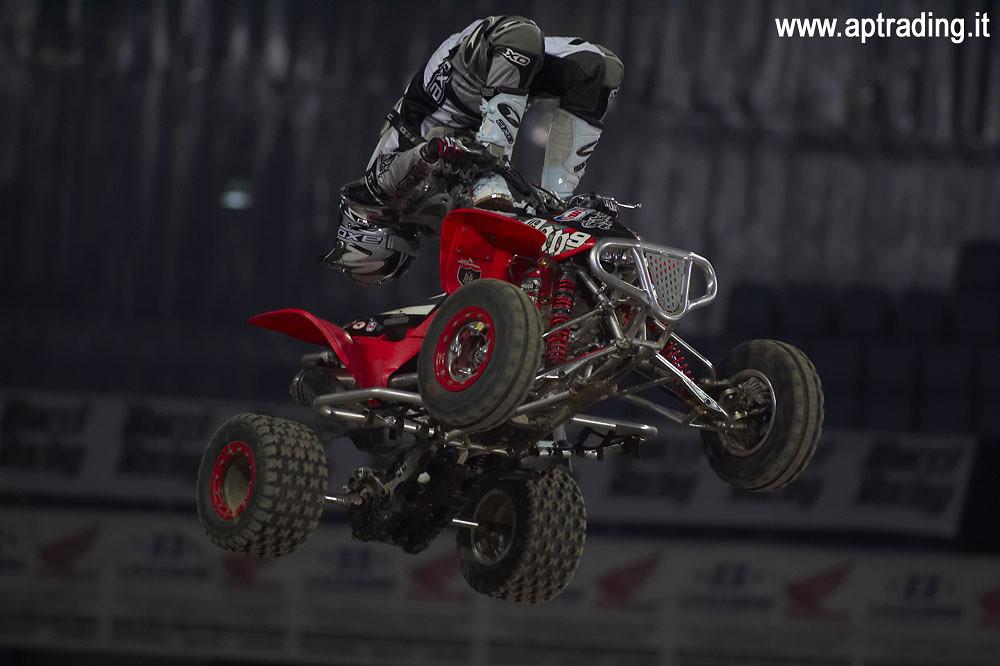 crazy guy on a quad - piambro - Motocross Pictures - Vital MX