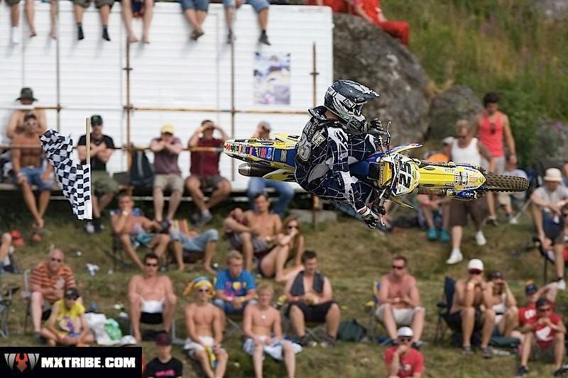 flagwhippin' - piambro - Motocross Pictures - Vital MX