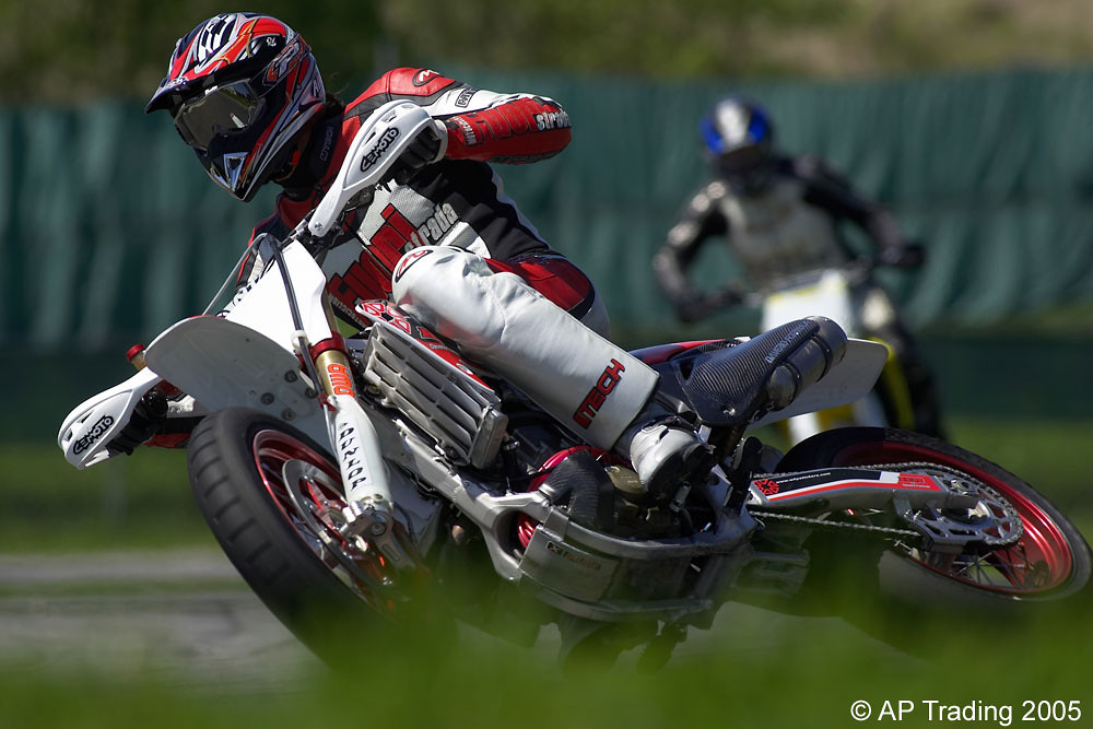 Going sideways - piambro - Motocross Pictures - Vital MX