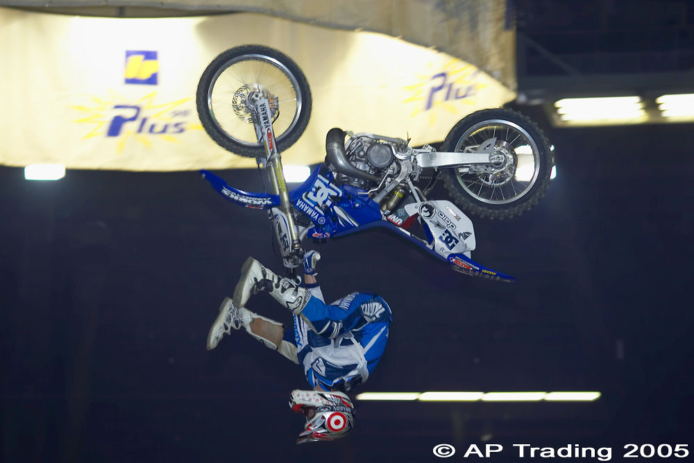 Upside-down - piambro - Motocross Pictures - Vital MX