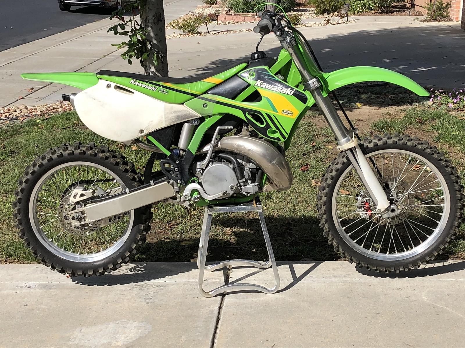 2002 KX250